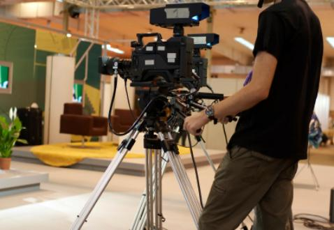 Let Cellardoor Cinema produce your next broadcast or internet commercial.